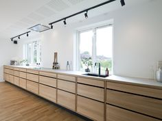 """Ballpark cabinetry costs  We are often asked """"How much will one of your kitchens cost? It very much depends on how the kitchen is designed and which style. Kitchen Cost, Open Plan Kitchen Diner, Open Plan Kitchen Living Room, Kitchen Furniture, Kitchen Interior, Kitchen Decor, Design Your Kitchen, Contemporary Kitchen Design, Log Home Kitchens"""