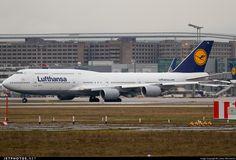 Lufthansa Boeing 747-830I