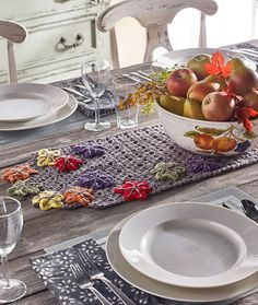 Place Mats and Table Runners to Crochet for Fall – 20 free patterns –…