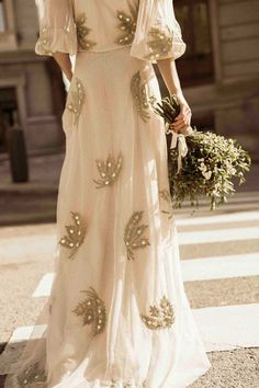 Intropia Atelier Lovely Dresses, Beautiful Gowns, Formal Dresses, Bridal Gowns, Wedding Gowns, Wedding Inspiration, Style Inspiration, Wedding Styles, Marie