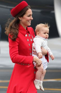 I can't.  The Duchess of Cambridge and bonny Prince Georgie arrive in New Zealand April 7, 2014.