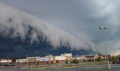Облако-цунами в городе Мидлотиан, штат Вирджиния, США. 16 июля 2012 года