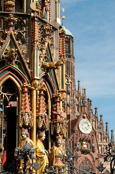 Gothic architecture details in Nürnberg, Germany (by Songkran). Such beautiful architecture that incorporates even the size like human statues and vibrant colors that bring out the richness of this era.