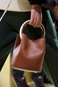 Marni | Fall 2016 Details | The Impression