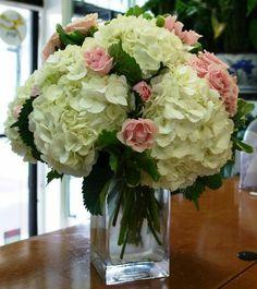 Design Floral, Deco Floral, Beautiful Flower Arrangements, Beautiful Flowers, Creative Flower Arrangements, Exotic Flowers, Hortensien Arrangements, Wedding Bouquets, Wedding Flowers