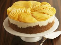 Frischkäsetorte mit Mango ist ein Rezept mit frischen Zutaten aus der Kategorie Torten. Probieren Sie dieses und weitere Rezepte von EAT SMARTER!