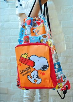 Peanutes Snoopy Drawstring Backpack w/ Front Pocket Rucksack School Bag is so Practical !