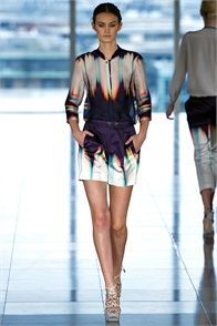Spring Summer 2013: Matthew Williamson, London- click on the photo to see the complete collection and review on Vogue.it