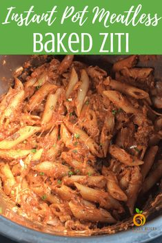 Vegetarian Instant Pot Baked Ziti – A quick & delicious pasta dish 'baked' in an Instant Pot. Ready in just 20 minutes. Makes a perfect weeknight meal minus all the precooking and layering. Instant Pot Pasta Recipe, Instant Pot Dinner Recipes, Vegetarian Bake, Vegetarian Recipes, Healthy Recipes, Pots, Stove Top Recipes, Baked Ziti, Pressure Cooker Recipes