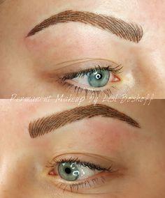 #nanobrows #hairstrokeeyebrow #lislboshoff #powderpuffmakeup #capetown #tygervalley #strand  #microblading #featherstroke #feathering #natural #tattoomakeup #makeuptattoo #cosmetictattoo #best #permanentmakeupspecialist