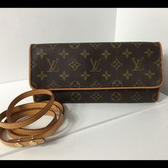 100%Authentic Louis Vuitton Mono Pouchette Twin GM 100% Authentic Louis Vuitton Monogram Pouchette Twin GM comes with Dust Bag Cross Body Bag. Pre-Owned bag used in very good condition. Very clean inside. No smell no rip , no stain on the canvas. Strap and leather has marks and show some sign of normal wear MADE IN FRANCE DATE CODE FL0031 ( March 2001 )  Please check all the pictures.-In order to avoid unnecessary return. 100% authentic or your money back- NO RETURN SOLD AS IS- Louis Vuitton…