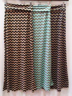 Chevron Print Maxi Skirt/love the teal and looks so comfy! Cute Fashion, Modest Fashion, Fashion Outfits, Womens Fashion, Fashion Trends, Modest Outfits, Cute Outfits, Apostolic Fashion, Printed Maxi Skirts