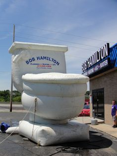 Plumbing company creates giant inflatable toilet to promote. Did they have enough air pressure for that? #businessgoal #inflatables #advertising