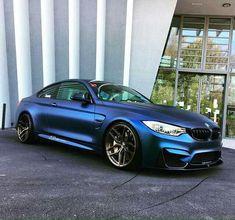 BMW F82 M4 frozen blue