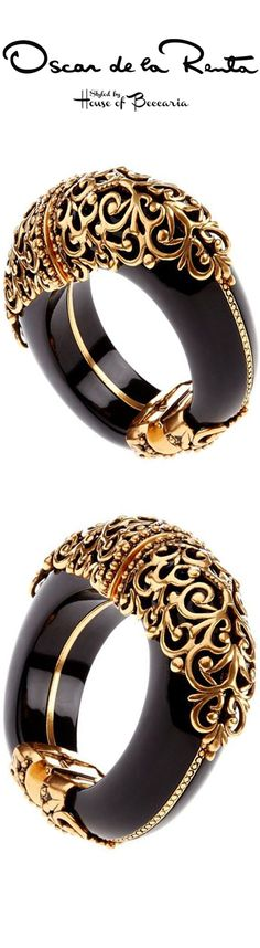 ~Oscar de La Renta S beauty bling jewelry fashion. Oscar de la Rent Me! Filigree Jewelry, Gold Filigree, Bling Jewelry, Gold Jewellery, Gold Bangles, Bangle Bracelets, Gold Fashion, Fashion Jewelry, Or Noir