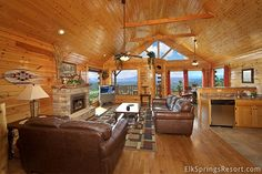 Enjoy Amazing views from Ridgetop Retreat Cabin - 1 Bedroom