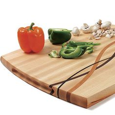 The Coolest Woodworking Cutting Board Ever? - FineWoodworking