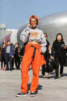Streetwear Fashion trends and outfits for sale - Edwin Vonholy Seoul Fashion, Tokyo Fashion, Harajuku Fashion, Runway Fashion, Harajuku Girls, Fashion Top, Fashion Edgy, Fashion 2018, Fashion Fall