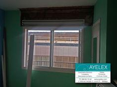 Retirada de cajones de madera de persianas para sustituirlos por cajones de pvc y posterior cerrado con obra. Torremolinos (Málaga) www.ayelex.com