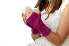 Autumn Trends  /  Fingerless Gloves . Fashion 2014. Girls Women. Valentines Days . Love . Dark Pink . Christmas Gift