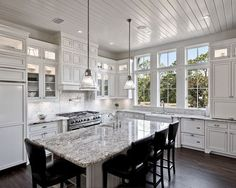 White Ice granite is a refreshing choice for kitchens. Sleek, but with a soul! Beautifully versatile, White Ice granite truly shines!  #granitekitchen #granitecountertop #naturalstone #whiteicegranite #kitchencountertop #kitchenideas #kitchenstyle #naturalstonekitchen #kitchendecor #kitcheninterior #kitchendecorideas #kitchendesignideas #kitchenideas #homeinterior #homedesign #homedecor #homedecorideas #homedesignideas #interiordesign #interiorstyle #interiorstyling #kitchenlove…
