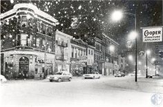 The Historic Winter of '77 - Madison Avenue, at 5th Street Location: Covington, KY Source:KY Post - Terry Duennes
