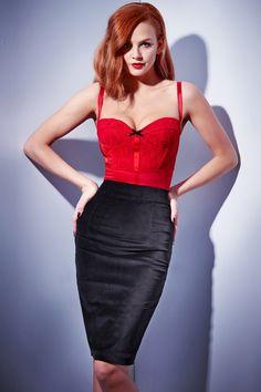 Velvet Le Chic Pencil skirt features highwaist slimline cut, slim waistband detail, back zipper closure and small bac . Dress Skirt, Bodycon Dress, Skirt Suit, Sexy Older Women, Australian Fashion, Dress Me Up, Lady, High Fashion, Vintage Fashion