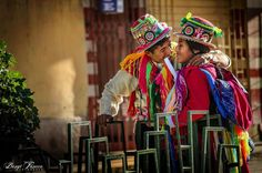 Una pareja llena de color, alegría y amor... en Puno City!