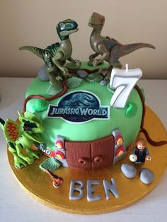 Lego Jurassic world cake Lego Dinosaur, Dinosaur Birthday Cakes, Dinosaur Cake, Lego Jurassic World, Lego Cake, Cake Minion, Minion Cupcakes, Birthday Party At Park, 5th Birthday