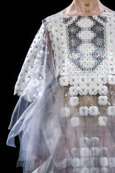Défilé Yuima Nakazato Printemps-été 2017 Haute couture -...