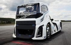 Caminhão da Volvo quebra recordes de velocidade