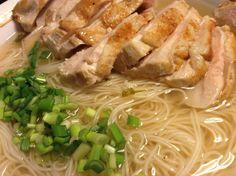 台湾の長寿麺線食べてみた Spaghetti, Meat, Chicken, Ethnic Recipes, Kitchen, Food, Cuisine, Kitchens, Meals