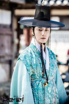 9 Handsome Asian drama royals who make you wish you could travel back in time