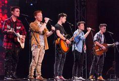 I Five Stories si presentano sul palco di X Factor Italia dopo quattro mesi di…