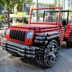 This Jeep Wrangler is so unique that, thanks to the creative efforts from the good people at Canstruction, it can only be eatin.