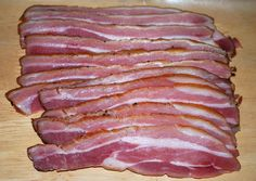 Makin' Bacon ~ curing and smoking pork belly How To Make Bacon, How To Make Homemade, Sausage Recipes, Pork Recipes, Bacon Explosion, Curing Bacon, Canadian Bacon, Crispy Pork