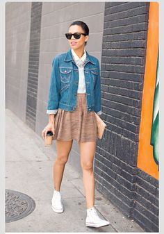 """6 Stylish Fall Outfits for School  - As a teenager or a young adult, school is quite imperative and takes a big, vital role in your own small world. So, the sign """"Back to School"""" does not... -   . Find More at: http://www.pouted.com/6-stylish-fall-outfits-for-school/"""