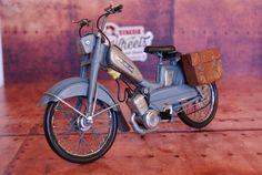 Miniature métal vintage Cyclomoteur Motobecane AV88sur Retro Wheels http://www.retrowheels.fr/miniatures-2-roues/301-miniature-metal-vintage-velomoteur-motobecane-av88.html
