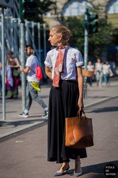 Jenny Walton outside Jil Sander fashion show. STYLE DU MONDE on Instagram @styledumonde, Pinterest, Twitter, Tumblr and Facebook
