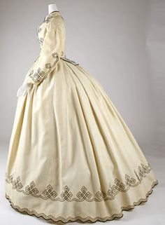 Promenade Dress, Cotton from The Metropolitan Museum of Art ___ (the original the Simplicity Pattern is based loosely on) Civil War Fashion, 1800s Fashion, 19th Century Fashion, Victorian Fashion, Vintage Fashion, Victorian Dresses, Victorian Gothic, Steampunk Fashion, Gothic Lolita