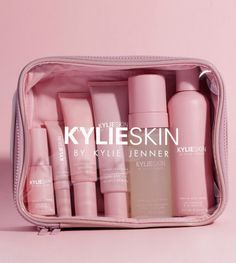 Shop our Travel Bag on Kylie Skin by Kylie Jenner. The Kylie Skin Travel Bag is your perfect companion to hold all your skin essentials. Beauty Care, Beauty Skin, Beauty Tips, Beauty Hacks, Diy Beauty, Homemade Beauty, Beauty Ideas, Beauty Secrets, Beauty Makeup