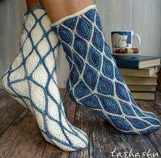 Moominland socks pattern by Svetlana Gordon - Pulli Stricken Crochet Mittens, Crochet Shoes, Knitting Socks, Crochet Baby, Hand Knitting, Knit Crochet, Knitting Patterns, Ravelry Crochet, Knitting Machine