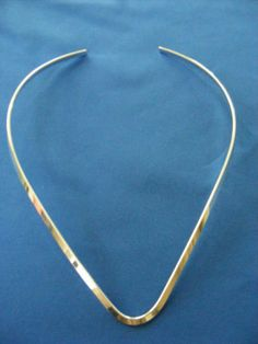 """Silver/Copper """"V"""" Necklace Neckwire Neck Wire Choker Wear with Silver Pendant Free Shipping"""