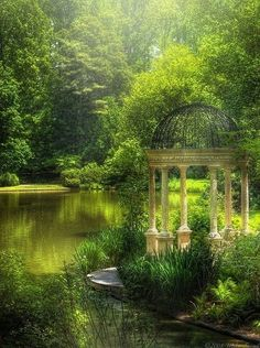 Gazebo in city park, Seattle - LOVE Seattle.must find this gazebo the next time we're there. Beautiful World, Beautiful Gardens, Beautiful Places, Beautiful Pictures, Simply Beautiful, The Secret Garden, Secret Gardens, Longwood Gardens, Pavillion