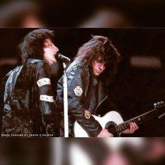 #bonjovi #bonjovimemories #80s #jonandrichie #jonbonjovi #jonbonjovialways #richiesambora #samborafamily #samboraarmy #mrsambo #captainkidd #thekingofswing #wanted #young #bestbandever #guitarist #guitar #singer #love #glamrock #rockstars #rock