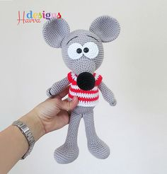 Amigurumipatterns.net has the biggest collection of Amigurumi patterns. Click and discover Cute Mouse!