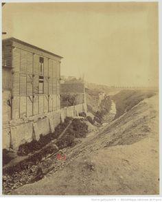 La Bièvre - Bd d'Italie - avant sa disparition - Mai 1898 : [Actuellement Bd Auguste Blanqui] : [photographie] / [Atget]