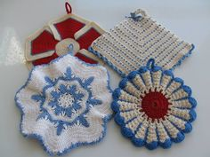 Pineapple House Antiques ~ Vintage Crocheted Pot Holders!