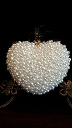 Pearl purse~Charming Charlie