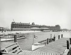 "Hampton Roads, Virginia, circa 1895. ""Hygeia Hotel, Old Point Comfort.Shorpy Historic Picture Archive :: A Vast Resort: 1895 high-resolution photo"